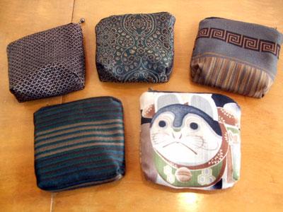 製作実例@4種類の古い古い着物をリメイクしました。「ショルダーバッグ」「巾着」「小銭入れ」編