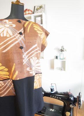 着物リフォームブログ@サンプルがあると洋服への着物リメイクが簡単です。
