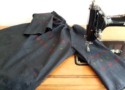 製作実例@お婆ちゃんの着物からリメイク!子供服のチュニック&ハンドバッグ