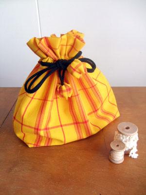着物リメイクブログ@想い出の着物のリメイク方法…「巾着」「ペンケース」「がま口」編