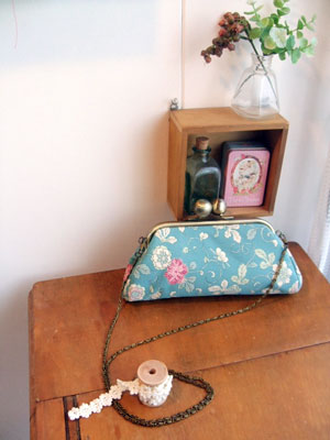 着物リメイクブログ@前回のブログで紹介したポシェットが鍵になって…ボストンバッグ