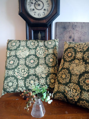 着物リメイクブログ@1枚の着物から40センチ角の座布団は何枚製作可能なのか?