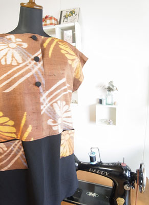 サンプルがあると洋服への着物リメイクが簡単です。