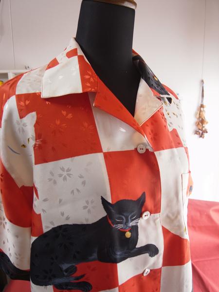 猫柄のアロハシャツ