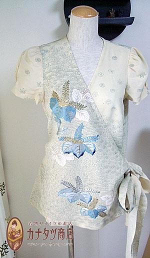 サンプルの服があると着物リメイク服はスムーズに制作可能です。
