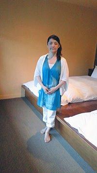勝間和代さんへ製作したカシュクールロングベストをお客様の着物で…
