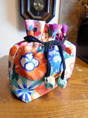 着物リメイクブログ@着物リメイクで反物を活かす巾着を作るなら…