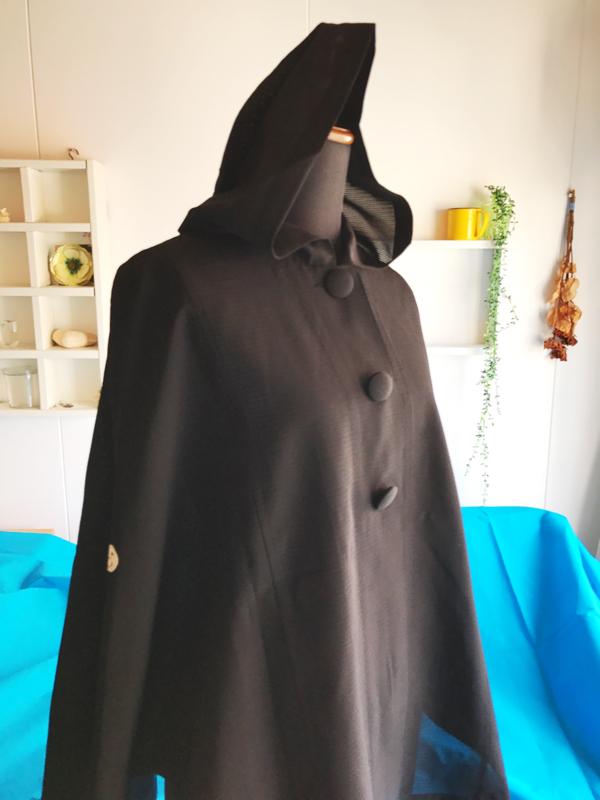 『着物リメイク、素晴らしいです』…埼玉県のお客様に納品させていただいた絽リメイクのポンチョ