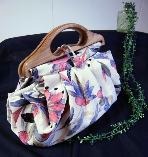 「着物の配色や柄はほんとに粋だわ!」…着物リメイクグラニーバッグ製作実例